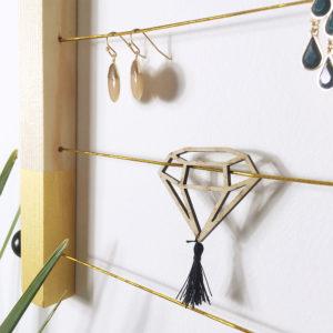Kit porte bijoux et barrettes à personnaliser - Box créative enfant - Kit porte bijoux bois - kit diy - Kitik - Box DIY porte bijoux