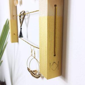 Kit porte bijoux et barrettes à personnaliser - Box créative enfant - Kit porte bijoux bois - kit diy - Kitik - Idée cadeau enfant à fabriquer